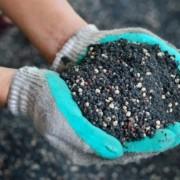 Азот аммиачной воды лучше удерживается почвой